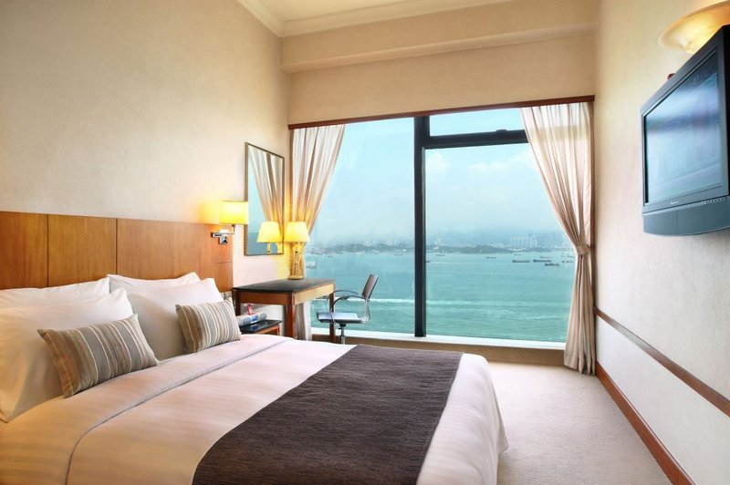 Island Pacific Hotel is one of our favorite cheapest hotels in Hong Kong.