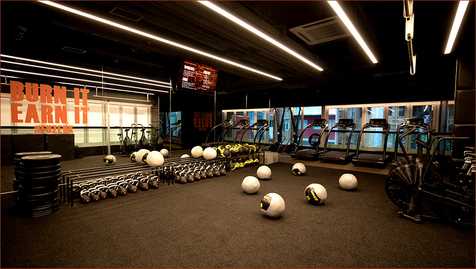 Pure Fitness is one of the best gyms in Hong Kong. Fuze class at Pure Fitness offer small group, high-intensity workouts. These classes are much more intensive than regular classes that Pure Fitness provides.