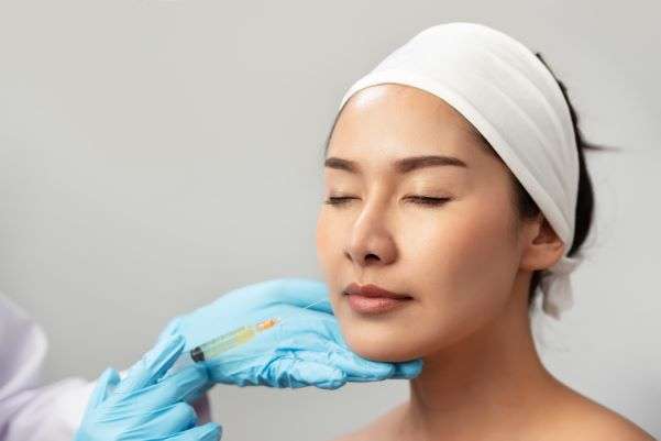 Dr. Winnie Mui is very well known for dermal filler injections in Hong Kong. She has a huge following.