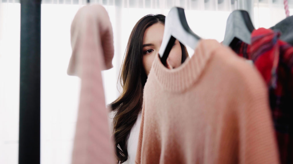 A good personal stylist should listen to you in order to get a good understanding of your lifestyle as well as your personal and professional goals.