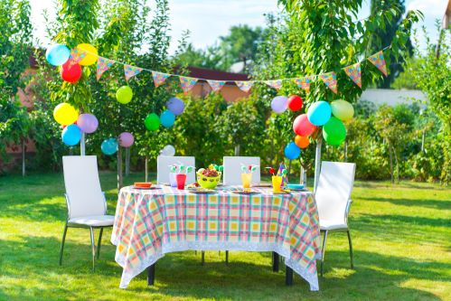 Decorations don't need to be expensive for a kid's birthday party; try resusable decorations instead.