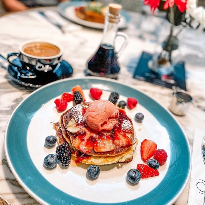 Oolaa is one of our favorite venues for breakfast in Hong Kong.