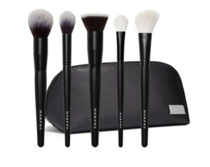 This Cult Beauty Morphe brush set has been a game changer for me when applying my base.