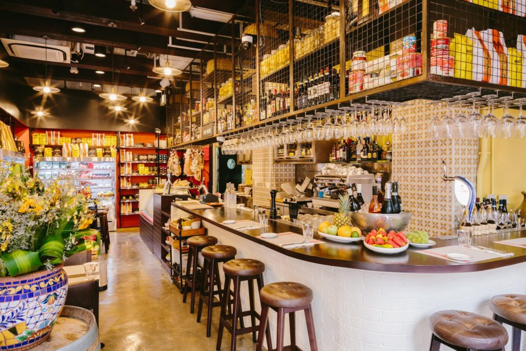Il Bel Paese is a fabulous store selling yummy Italian groceries in Hong Kong.