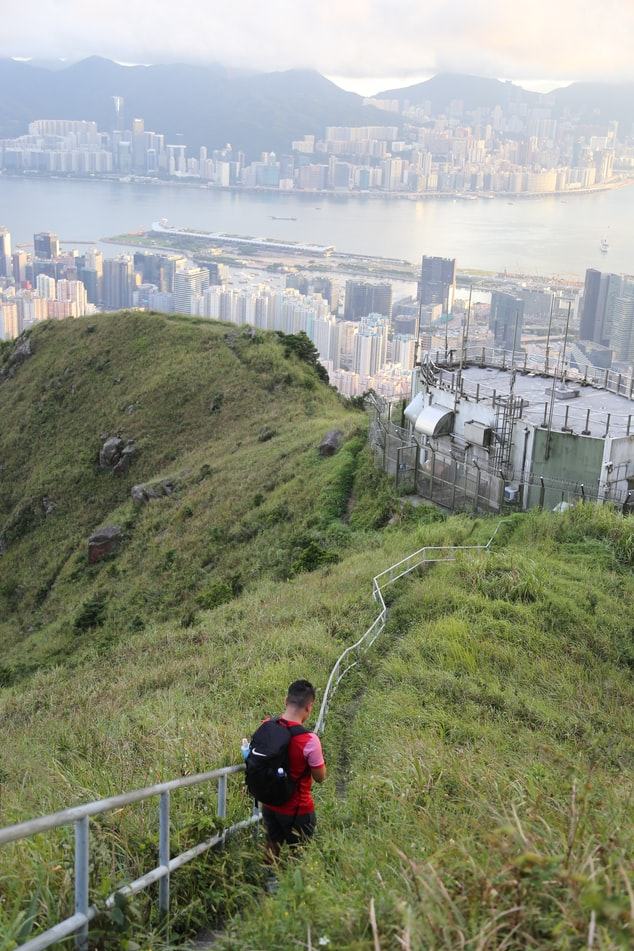 Your bucket list of things to do before leaving Hong Kong should include taking a hike. There are so many fabulous hikes to do in Hong Kong.
