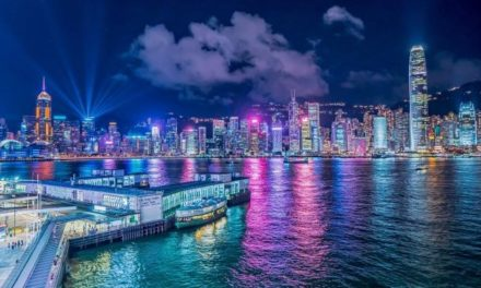 The Ultimate Visitors Guide to Hong Kong