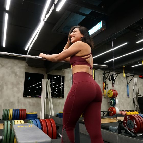 Powerlifting for women provides so many benefits. In our article, we cover the 3 most important benefits of powerlifting.
