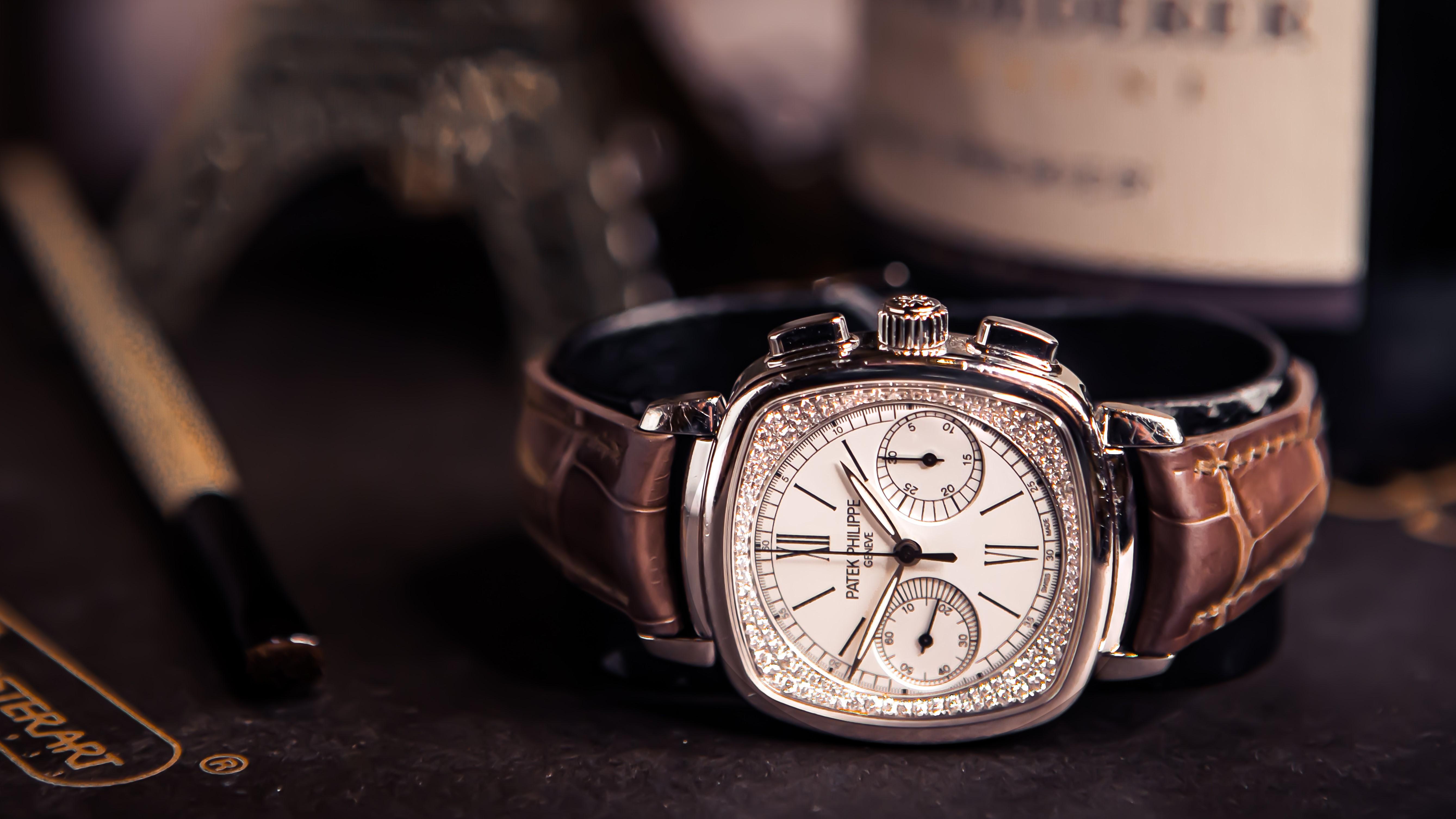 Buying, Selling & Repairing Vintage Watches in Hong Kong
