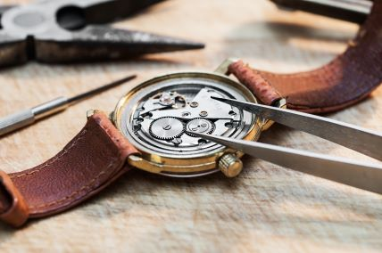 Hong Kong has many stores that can repair vintage watches.