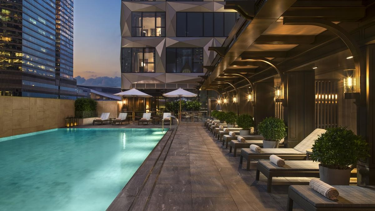 Staycations: Pros & Cons of the 7 Best HK Hotels