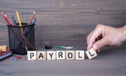 6 Benefits of Outsourcing Payroll Services & Which Company We Love