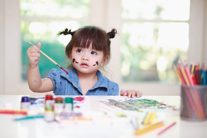 Before deciding on a preschool, before to visit all the schools you are considering.